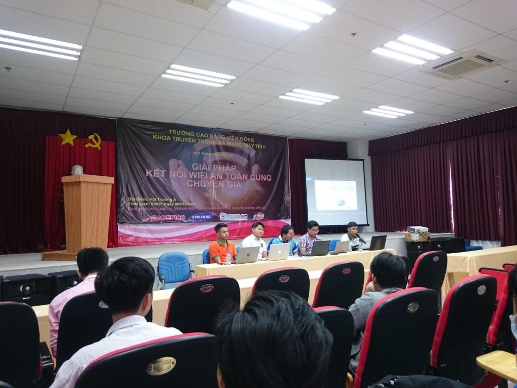 CDVD8 - Sứ Mệnh Hỗ Trợ Sinh Viên IT